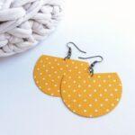 Sárga pöttyös Félhold textil ékszer