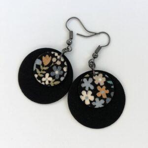 Fekete csupa virágos Dupla Midi textilfülbevaló