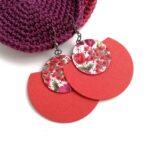 Rókavörös és vidám virágmintás Félhold Extra textilfülbevaló