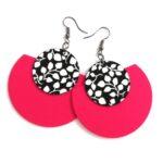 Élénk pink és fekete-fehér leveles Félhold Extra textilfülbevaló